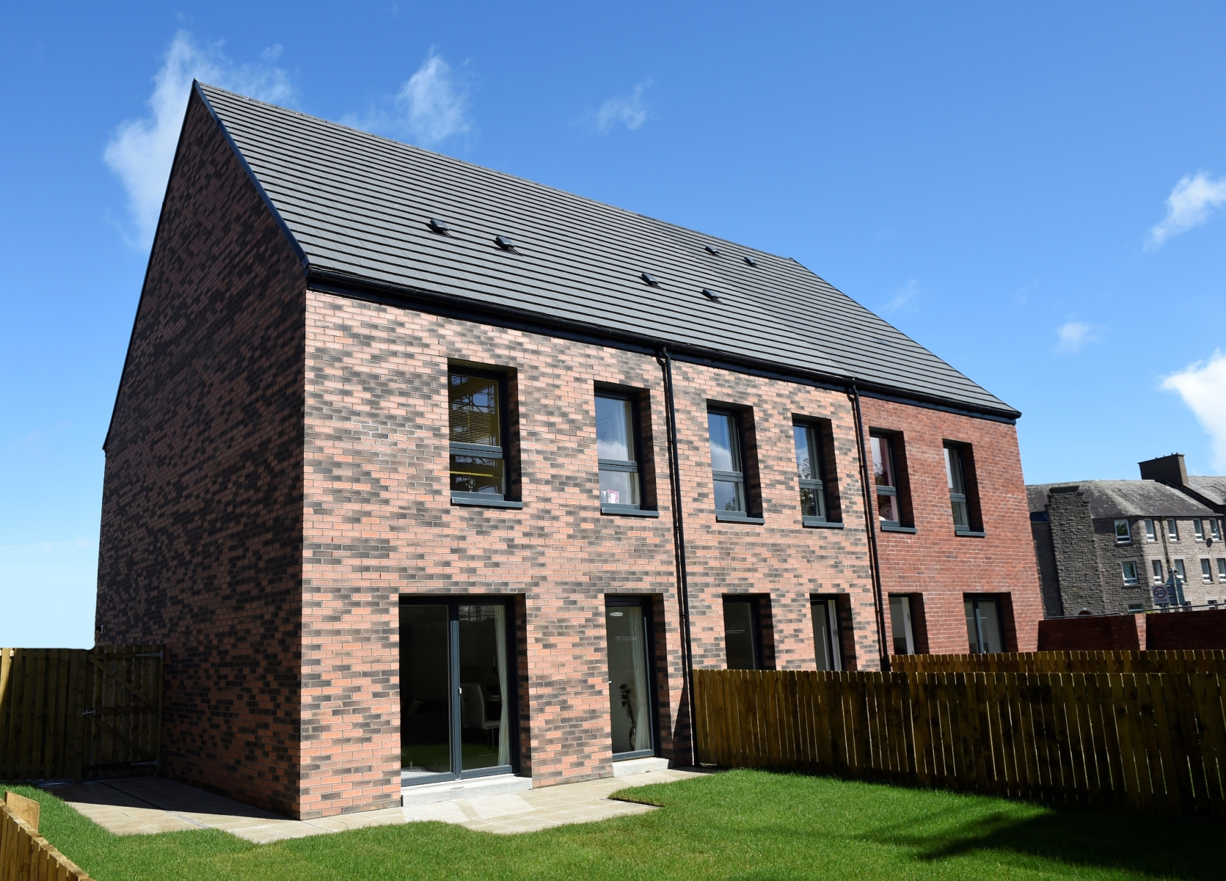 Phase One Of Edinburgh Council S Pennywell Development Featuring Rus Roof Tiles 2