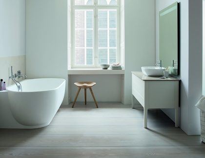 Two more awards recognise the outstanding design quality of Duravit Red Dot Award for C.1 tap series and Luv bathroom range